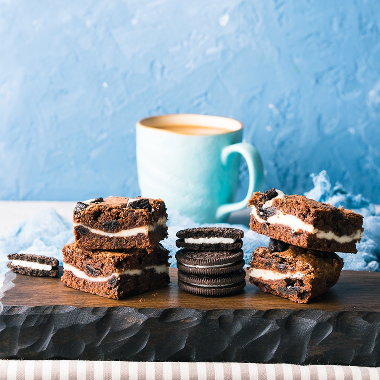 Cookies and Cream Cheese Brownies