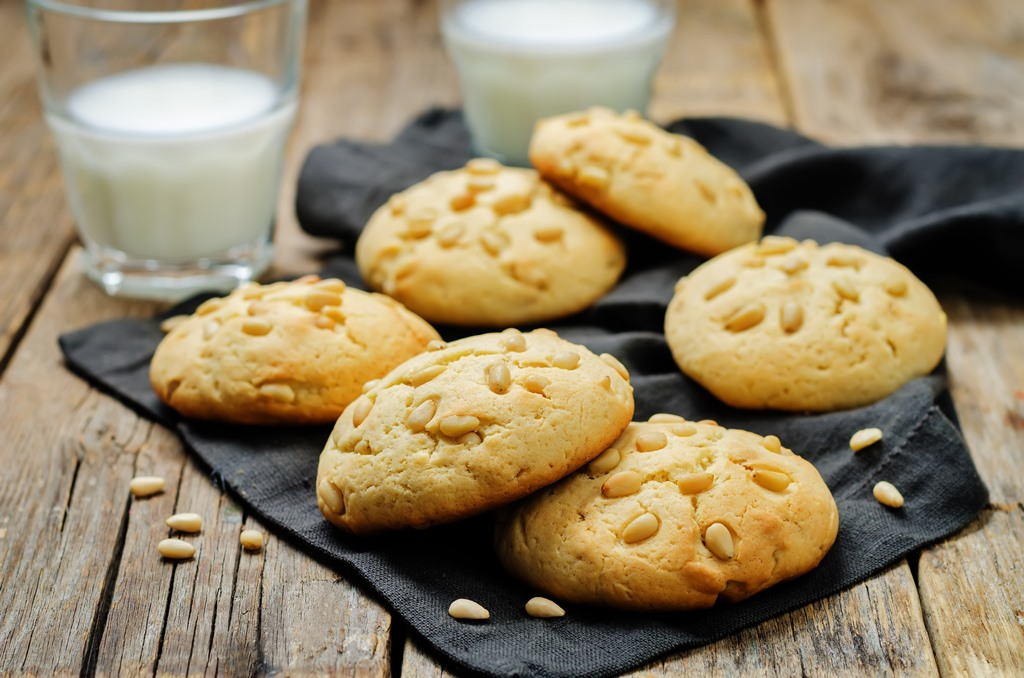 Authentic Italian Pine Nut Cookies (Pignoli)