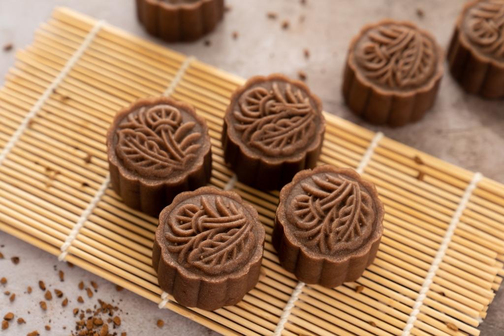 Chocolate Nutella Jelly Mooncakes