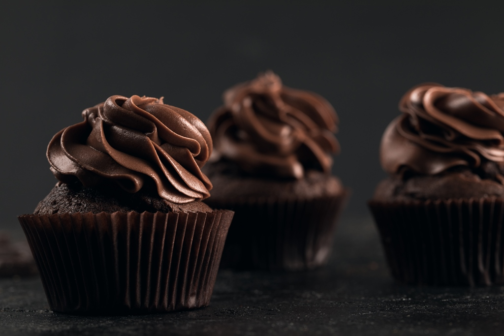 Super Moist Chocolate Cupcakes